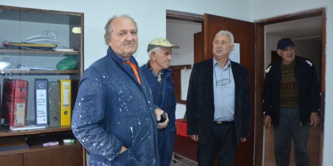 ДРАЖАЊ: Реновира се Дом пензионера (ФОТО)