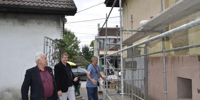 УМЧАРИ: Реновирају се просторије клубa пензионера